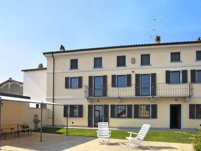 Photo for Vacation home in Castana (PV), Piedmont - 8 persons, 4 bedrooms