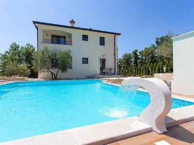 Photo for Apartment Novigrad for 2 - 3 people with 1 bedroom - Apartment in villa