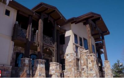 Photo for DRAMATIC 6 BED 5 BATH 8000 SQFT MOUNTAIN LODGE 1 MILE FROM PARK CITY CANYONS VILLAGE