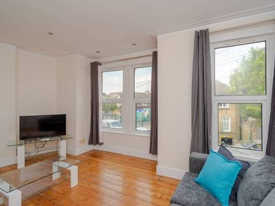 Photo for Large and Bright 2BR in East London