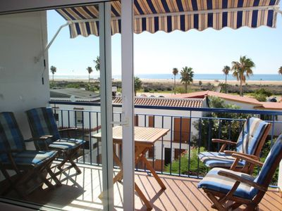 Photo for Luxury Beach- and Seaview apartment for upto 5 persons in Conil, with air-conditioning and WiFi.