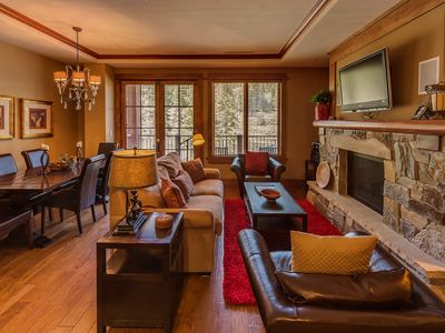 Photo for Luxury, 2 bdrm minutes to Lake Tahoe, from $219