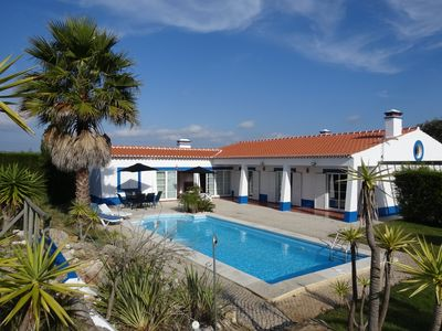 Photo for Spectacular villa, quiet area and close to beautiful beaches