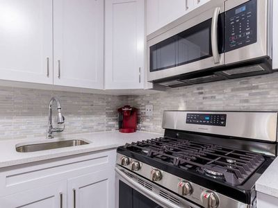 Photo for 3 Bedrooms near Subway 30 min form Central Park