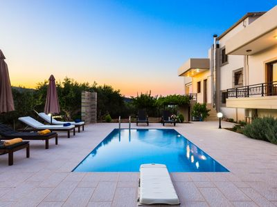 Photo for Family villa Chrissi with private pool in Kissamos