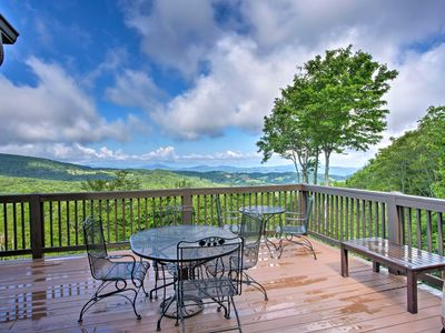 Photo for 'House of Views' in Beech Mountain w/Hot Tub, Deck