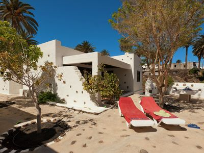 Photo for Detached villa with communal swimming pool, located in the north of Lanzarote