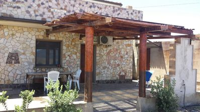 Photo for Apartment nuraghe on olive grove on the outskirts, wifi