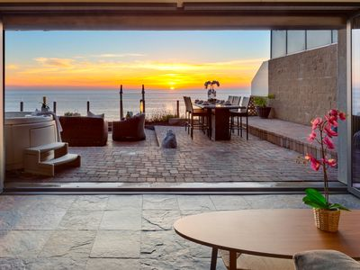 Photo for Oceanfront rental with 7br, 5ba, private spa, patio, endless ocean views AC