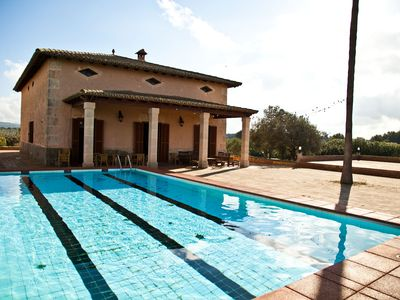 Photo for Magnificent Finca Mallorquina for 16 pax, with pool, barbecue and farm