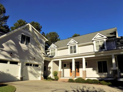 Photo for Super Spacious House in Forest Creek! Bring everyone! Sleeps17