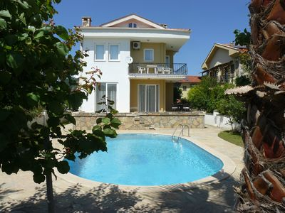 Photo for Spacious, well equipped, ground floor apartment with shared swimming pool