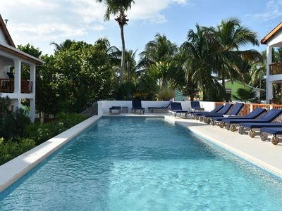 Photo for 2BR Condo Vacation Rental in Caye Caulker, Caye Caulker, Calle del Sol, Bel