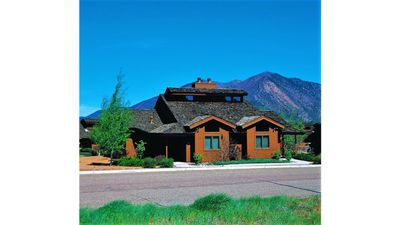 Photo for Take A Relaxing Journey To Flagstaff Resort!