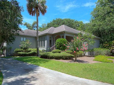 Photo for Walk to the Beach - Beautiful spacious home in Palmetto Dunes beach front Resort