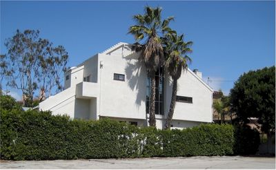 Photo for Modern, Airy, Sanctuary Blocks From Famous Santa Monica Beach!