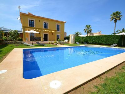 Photo for Cozy villa for 8 people with swimming pool located near the sandy beach