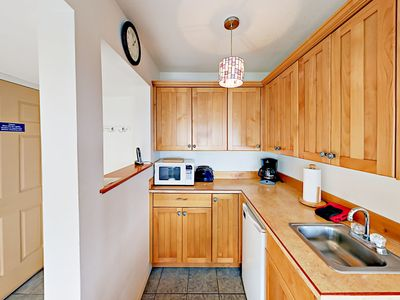 Kitchenette - The kitchenette has a mini-fridge, microwave, toaster, and coffee maker.