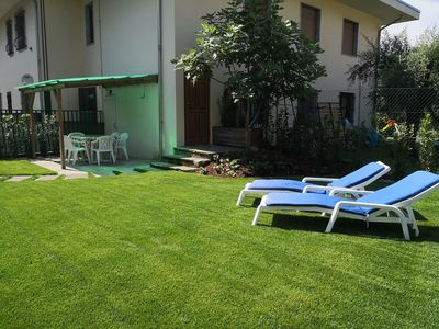 Photo for Torbole, Casa Letizia, apartment with private garden 700 m from the lake