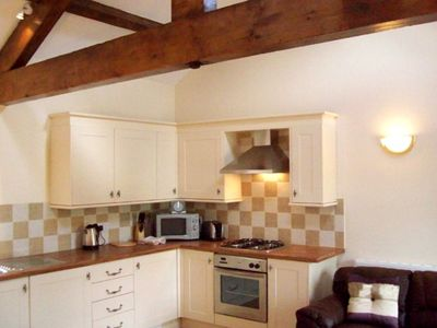 Photo for 1 bedroom, 4 Star, cosy cottage, perfect romantic break away from the city