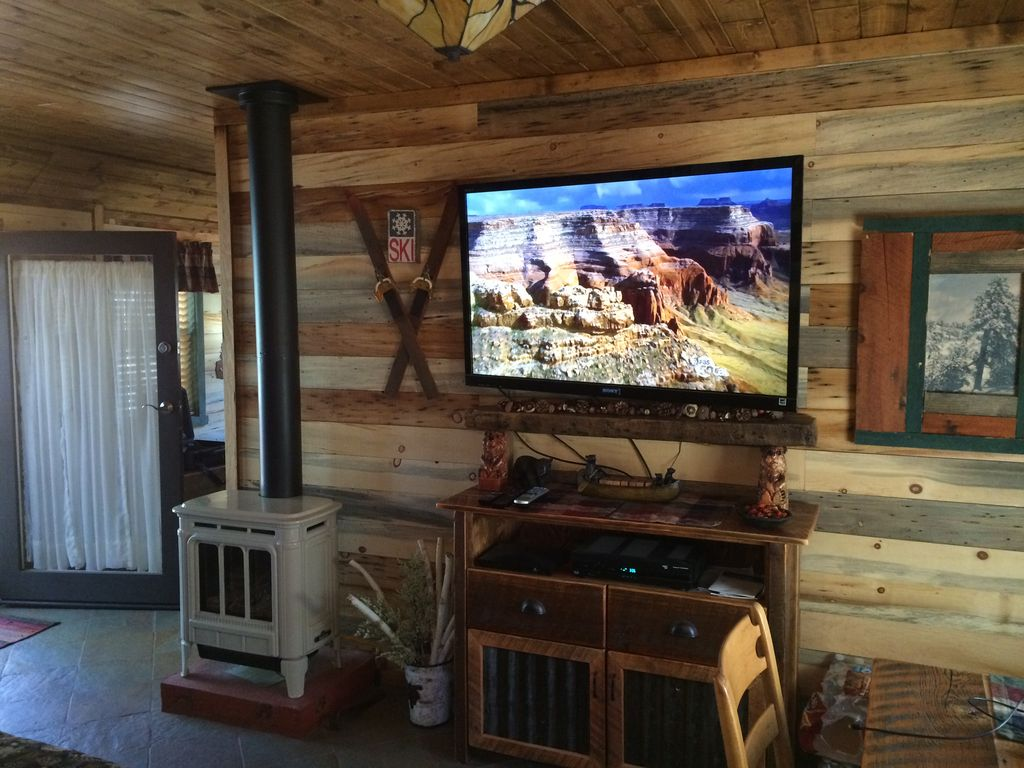 It 39 S Simply Irresistible Newly Renovated Romantic Rustic