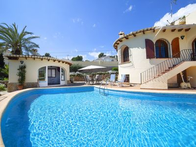 Photo for Wonderful private villa for 8 guests with WIFI, A/C, private pool, TV and parking