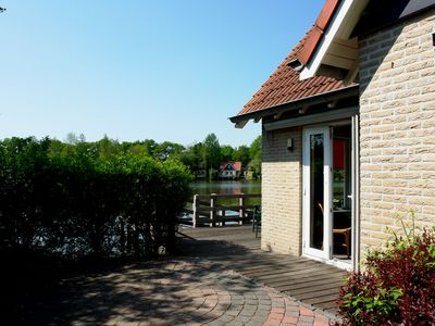 Photo for Spacious and detached holiday home with WiFi, 20km van Assen