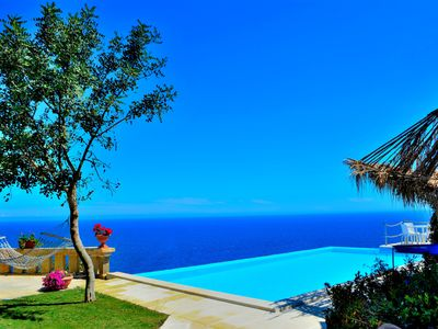 Photo for Villa with spectacular view on the sea, swimming pool, garden and relax. Salento, Gagliano del cap