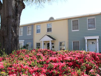 Photo for Masters in Summerville. 1.5 miles to Augusta National Golf Course