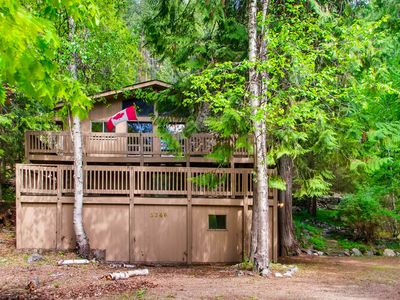 Photo for Dog-friendly home for great value near lake, boat launch, golfing, and more!