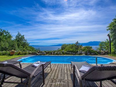 Photo for Beautiful villa with sea view in Kvarner
