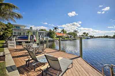 Enjoy the perks of a private dock for access to the canal!