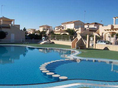 Photo for Holiday home w/sea view in the holiday complex Serena IV