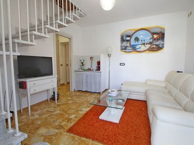 Photo for Beautiful  villa for 4 people with WIFI, A/C, TV and patio, close to Forte Dei Marmi
