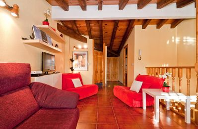 Photo for Spacious Preciados Atico apartment in Sol with WiFi, integrated air conditioning & lift.