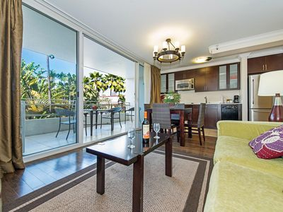 Photo for Contemporary Condo by the Beach with Large Private Lanai and Full Kitchen