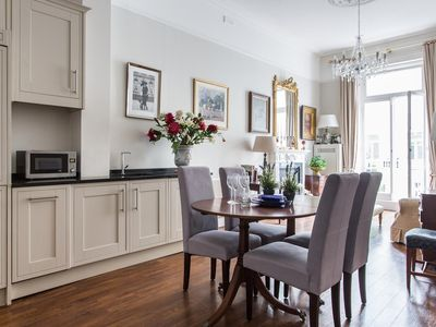 Photo for Harcourt Terrace II - luxury 1 bedrooms serviced apartment - Travel Keys