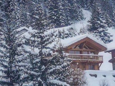 The chalet as seen from the telecabine