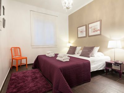 Photo for Casa Corsega - Luxurious Apartment 300 meters from Sagrada Familia - FREE WIFI