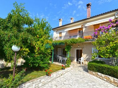Photo for Apartment 1122/9661 (Istria - Liznjan), Family holiday, 700m from the beach