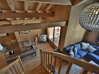 Photo for Stylish piste-side 4 bed duplex apt for 8-10 with wifi