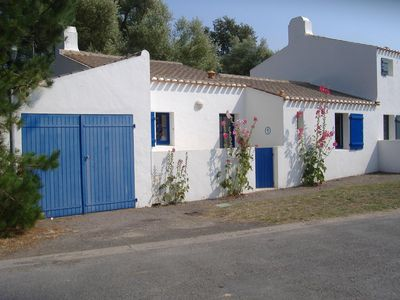 Photo for typical house of the island, 5 people, close to the beach and shops.