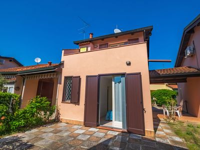 Photo for Peaceful Holiday Home in Lido di Volano with Beach Nearby