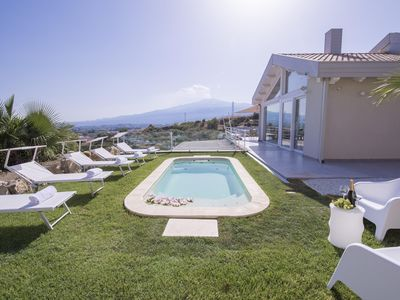Photo for Villa delle Ginestre - Etna View - 10 minutes walking from the sea
