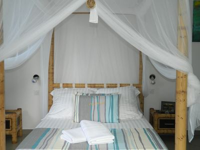 Photo for 4BR Villa Vacation Rental in Bassin Martin, St Pierre