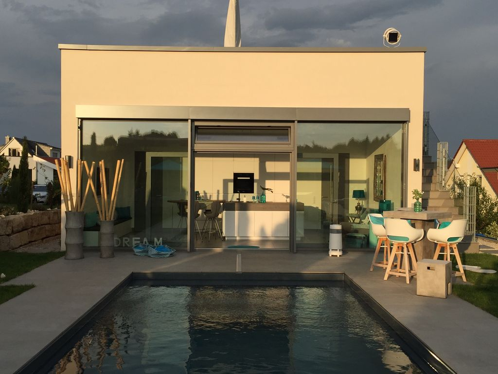 Pool villa in vineyard with 360 degree view of the for 360 degree house tour
