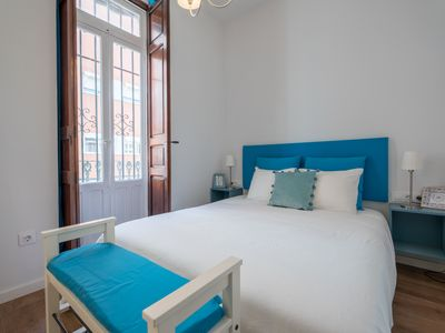Photo for Stylish 2 bedroom apartment with terrace