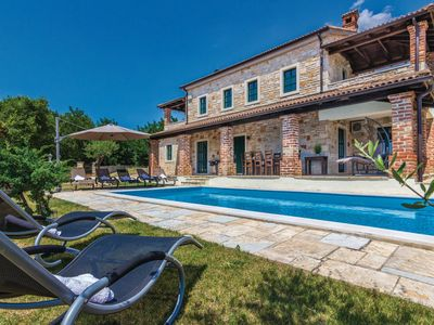 Photo for Stone Villa Celine, in Istria, with a Pool