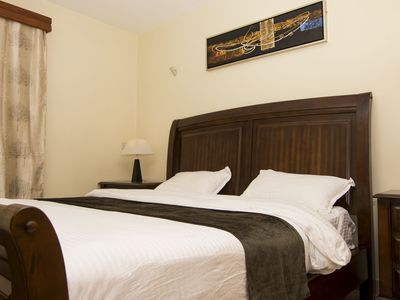 Cozy Nest is a Tastefuly furnished Apartment with a magnificent scenic view.