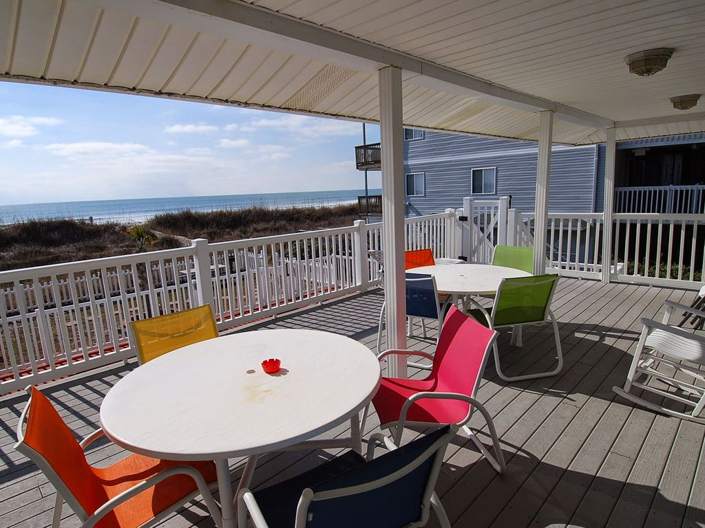 Oceanfront 5 Bedroom 3 Bath Private Pool Hot Tub